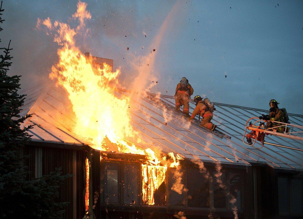 fire-89353_1280